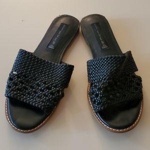 STEVE MADDEN Slip on flat Sandels Black Leather
